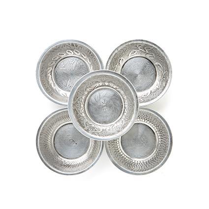 Aluminium schaaltjes medium India