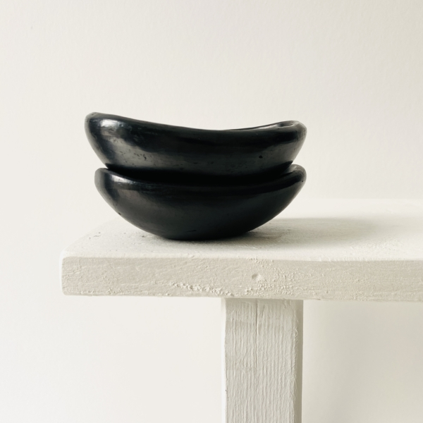 Black Pottery Mini canoe